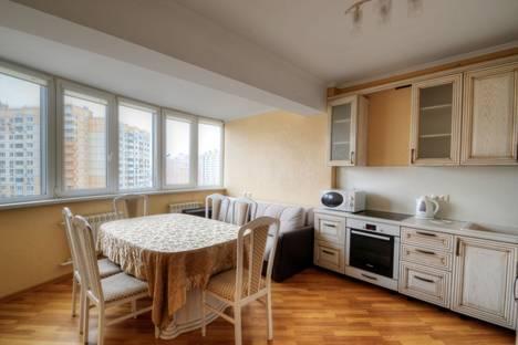 Сдается 2-комнатная квартира посуточнов Красногорске, Подмосковный бульвар, д. 9.