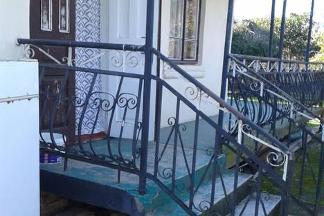 Сдается коттедж посуточно в Гали, Сухум.ул.Адлейба дом 281.