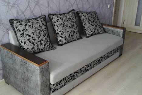 Сдается 2-комнатная квартира посуточно в Армавире, ул.Азовская 5.