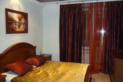 Сдается 3-комнатная квартира посуточнов Санкт-Петербурге, Богатырский проспект 66.