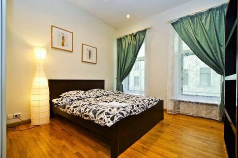 Сдается 5-комнатная квартира посуточно, набережная канала Грибоедова, 12.
