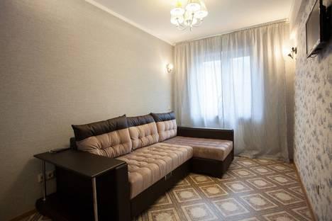 Сдается 3-комнатная квартира посуточнов Санкт-Петербурге, Новочеркасский проспект, 30.