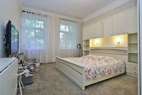Сдается 2-комнатная квартира посуточнов Санкт-Петербурге, набережная реки Фонтанки, 34.