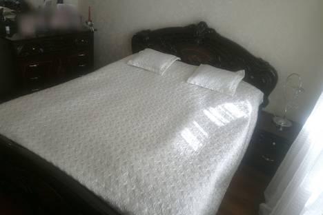 Сдается 1-комнатная квартира посуточно в Майкопе, Курганная улица, 310.
