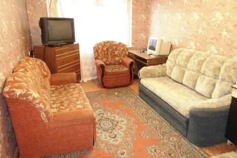 Сдается 2-комнатная квартира посуточнов Апатитах, улица Кирова 10.