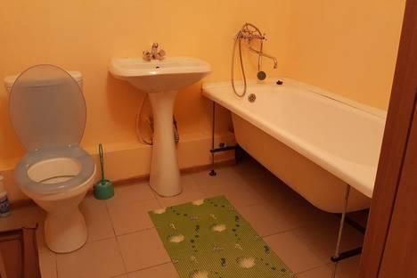 Сдается 1-комнатная квартира посуточнов Тюмени, улица Чернышевского 2б/2.