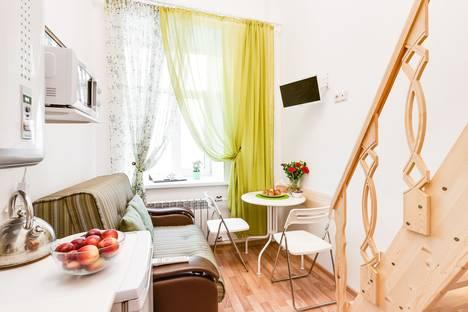 Сдается 1-комнатная квартира посуточнов Санкт-Петербурге, улица Марата 33.