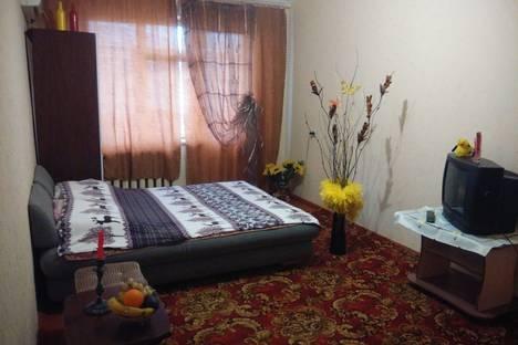 Сдается 1-комнатная квартира посуточнов Керчи, улица Марата, 6.