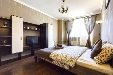 Сдается 1-комнатная квартира посуточнов Санкт-Петербурге, Московский проспект, 183/185.