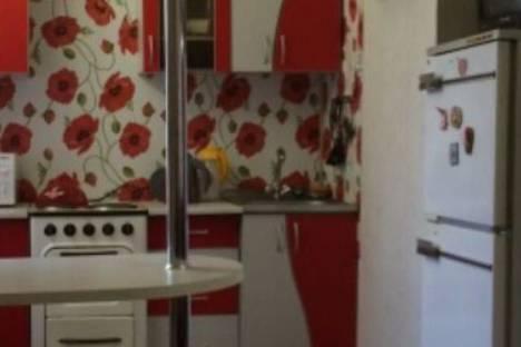 Сдается 1-комнатная квартира посуточно в Норильске, ул. Орджоникидзе, 16а.