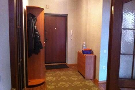 Сдается 3-комнатная квартира посуточнов Казани, Чистопольская,4.