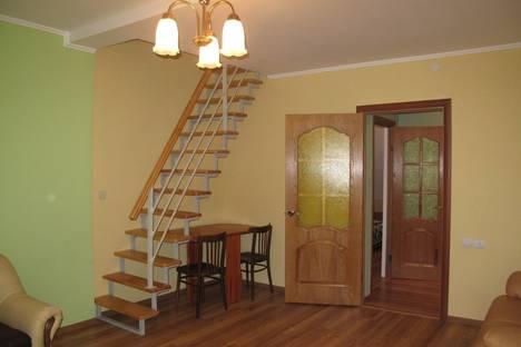 Сдается 4-комнатная квартира посуточнов Зеленоградске, улица Осипенко, 5.