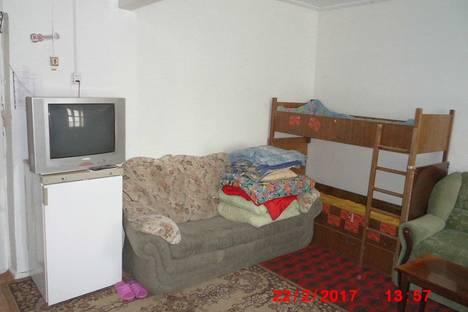 Сдается 1-комнатная квартира посуточнов Апатитах, улица Кирова 7.