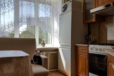Сдается 1-комнатная квартира посуточнов Санкт-Петербурге, проспект Тореза д.9.