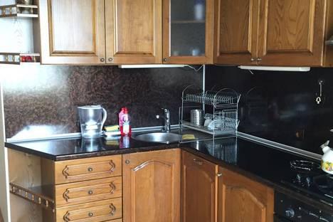 Сдается 3-комнатная квартира посуточно в Сочи, улица Есауленко 4/3.