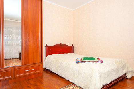 Сдается 1-комнатная квартира посуточно в Саранске, улица Володарского, 92.