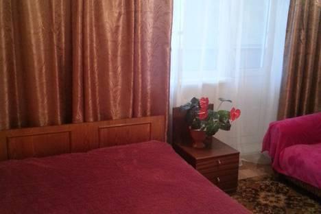 Сдается 1-комнатная квартира посуточно в Яровом, квартал А,дом 31 этаж 2.