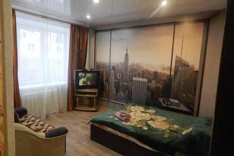 Сдается 2-комнатная квартира посуточно в Петрозаводске, улица Свердлова 4.