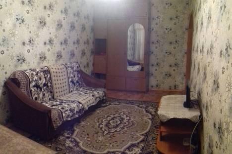 Сдается 1-комнатная квартира посуточно, Карбышева 4.
