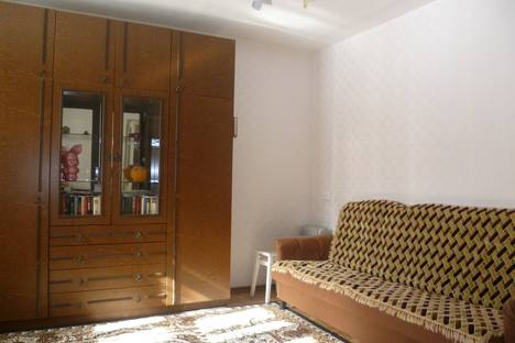 Сдается 2-комнатная квартира посуточно в Чебаркуле, пансионат Сосновая Горка, дом 6.