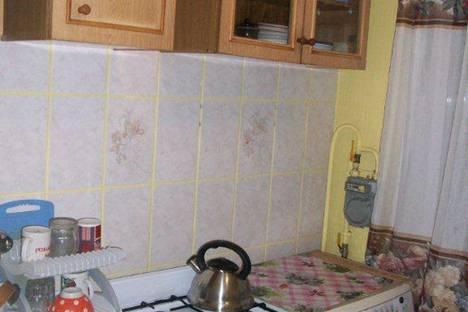 Сдается 2-комнатная квартира посуточно в Архангельске, ул. Шубина, 34.