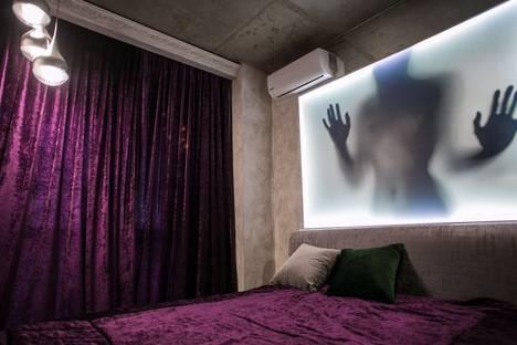 Сдается 2-комнатная квартира посуточнов Казани, улица Петербургская 65а.