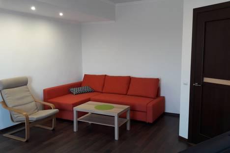 Сдается 2-комнатная квартира посуточнов Витязеве, улица Заводская 28д.