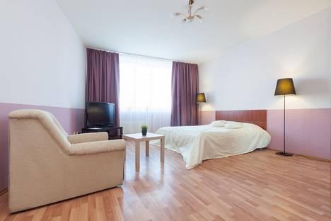 Сдается 1-комнатная квартира посуточнов Екатеринбурге, улица Малышева, 4Б.