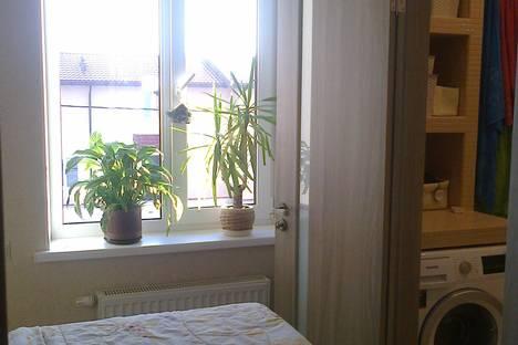Сдается 2-комнатная квартира посуточно в Архангельске, набережная Северной Двины дом 6 корпус 1.