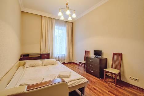 Сдается 1-комнатная квартира посуточнов Санкт-Петербурге, Коломенская улица д.1.