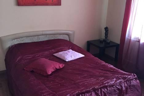 Сдается 1-комнатная квартира посуточнов Вологде, Сергея Преминина 8а.
