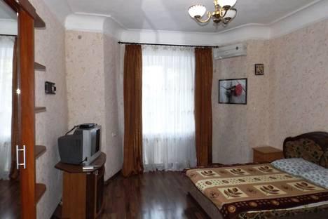 Сдается 2-комнатная квартира посуточно в Евпатории, 5 ул. Матвеева.