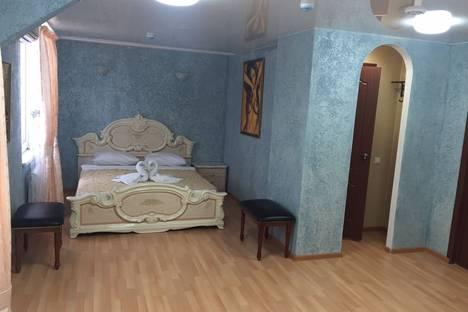 Сдается комната посуточно в Ижевске, ул. Советская, 8Б.