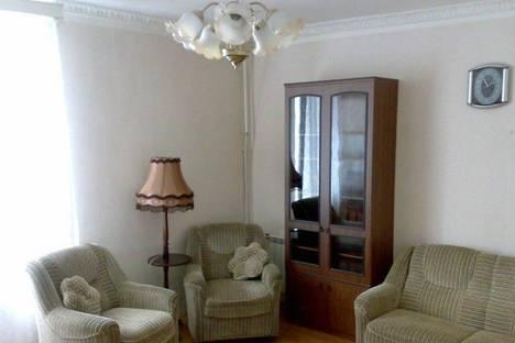 Сдается 3-комнатная квартира посуточно в Петрозаводске, пр. Ленина, 38.