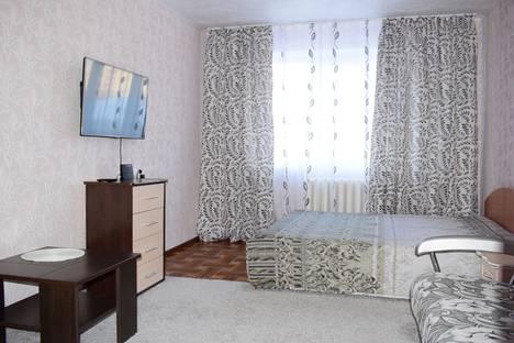 Сдается 2-комнатная квартира посуточнов Зеленогорске, улица Энергетиков, 12.