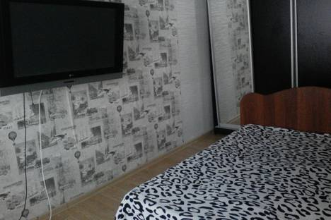 Сдается 2-комнатная квартира посуточнов Вольске, улица Минская, 31.