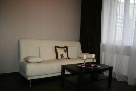 Сдается 1-комнатная квартира посуточнов Пензе, Тамбовская улица, 1.