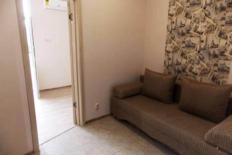 Сдается 3-комнатная квартира посуточнов Сочи, Адлерский район улица Тюльпанов 15.