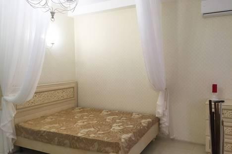 Сдается 1-комнатная квартира посуточно в Адлере, улица Чкалова 11.