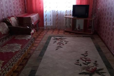 Сдается 2-комнатная квартира посуточнов Уральске, Улица Кердери дом141.