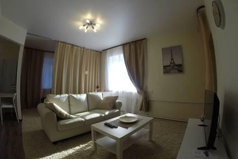 Сдается 1-комнатная квартира посуточно в Красноярске, проспект Красноярский Рабочий, 72а.