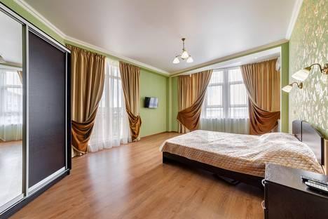Сдается 2-комнатная квартира посуточно в Геленджике, Крымская улица 19к8.
