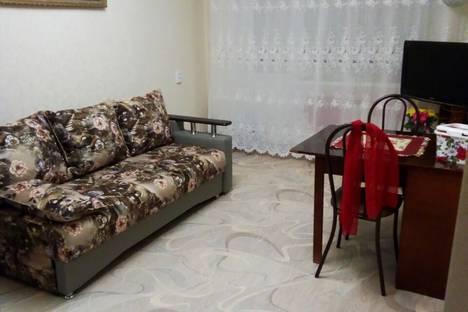 Сдается 2-комнатная квартира посуточно в Ейске, ул. Плеханова, 9/2.