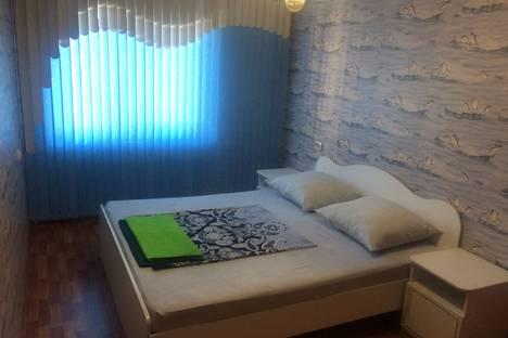 Сдается 2-комнатная квартира посуточно в Минусинске, улица Тимирязева, 18.
