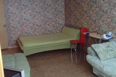 Сдается 1-комнатная квартира посуточно в Штормовом, Крым,улица Ленина, 6 кв. 77.