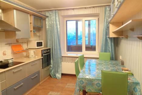 Сдается 2-комнатная квартира посуточнов Томске, Учебная улица 8.