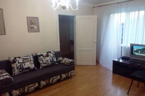 Сдается 2-комнатная квартира посуточно, улица Ленина, 79.