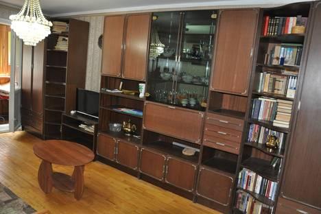 Сдается 3-комнатная квартира посуточнов Ливадии, Киевский, 15.