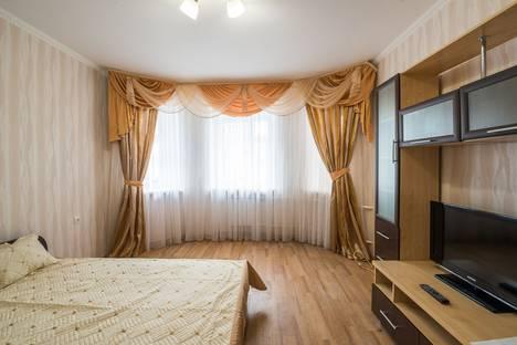 Сдается 1-комнатная квартира посуточно в Казани, ул. Товарищеская, 34.