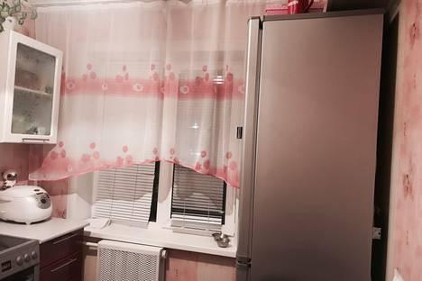 Сдается 1-комнатная квартира посуточно в Ачинске, улица 7 микрорайон дом 14.